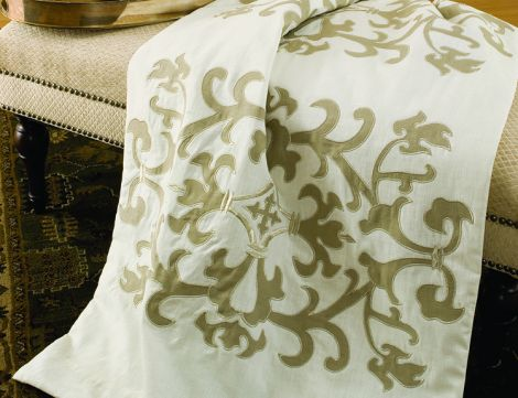 ПЛЕД LILI ALESSANDRA LT271WF 735X2400 WHITE THROW (0140960073)